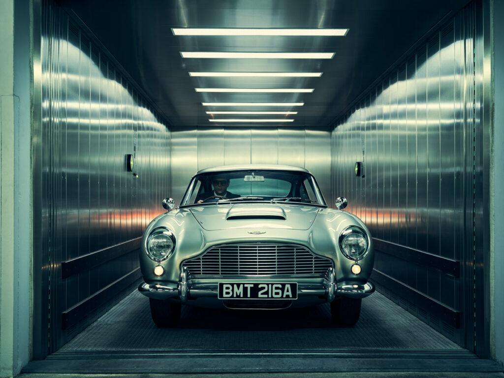 car Foto by Jason Bell