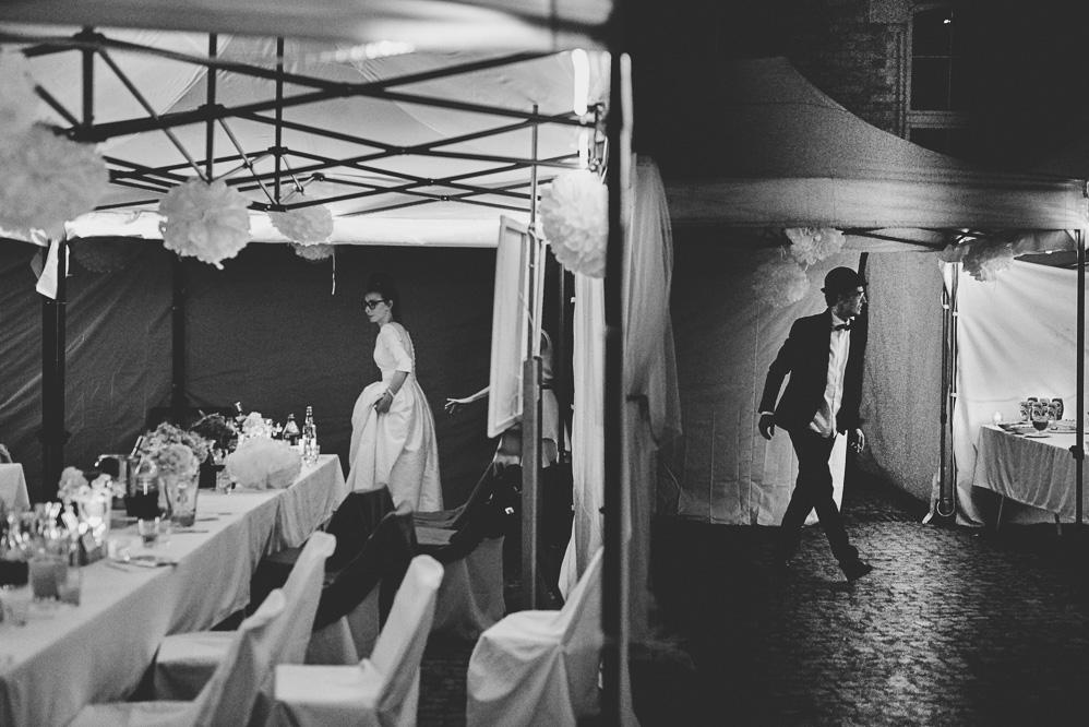 czarnobiałe zdjęcie ślubne